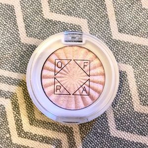 Ofra Pillow Talk Highlighter Mini